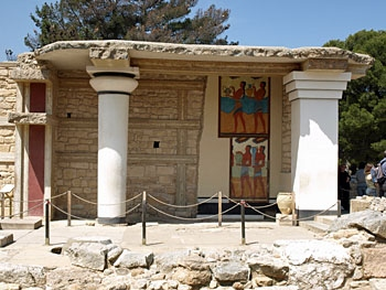 Knossos, The reconstructed South Propylaeum