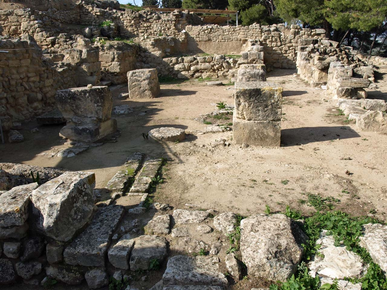 Minoan palaces